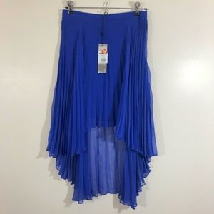 NWT Glamorous Blue Pleated Hi Low Skirt sz UK 10